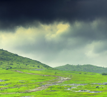 6 Exciting Monsoon Treks in Sahyadris, Maharashtra!