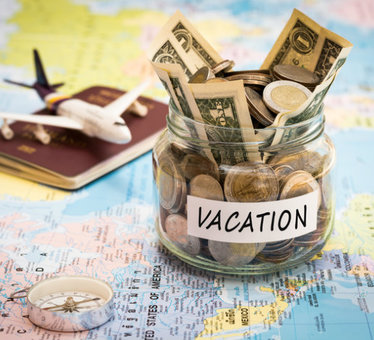 10 tips to have a fabulous holiday without breaking the bank