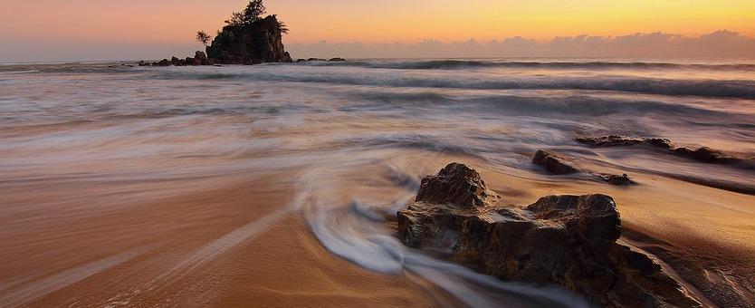 10 Stunning Beaches around the World